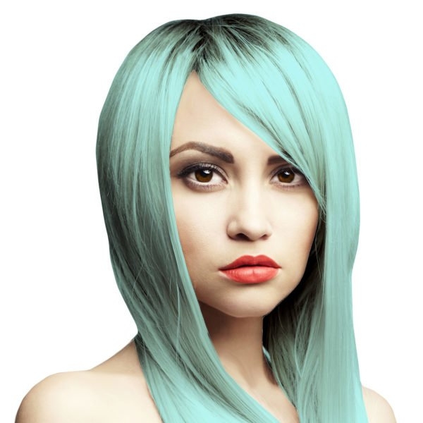 pastelová modrá barva na vlasy