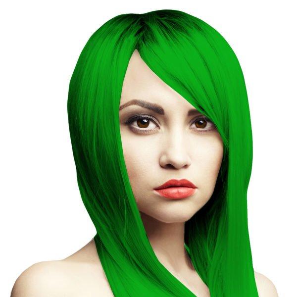 zářivě světle zelená barva na vlasy
